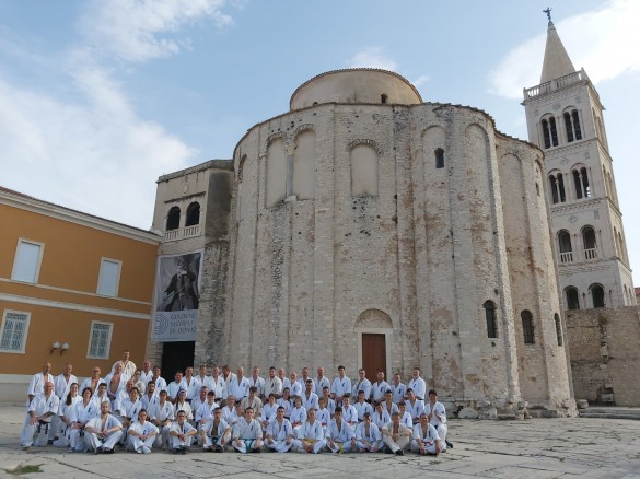 1 - In front of Church of St. Donatus (1)