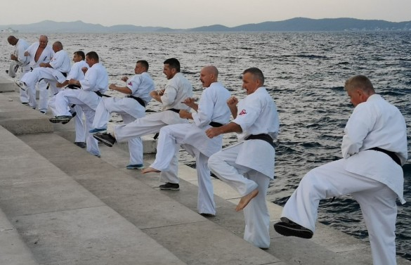 18 - Morning training on the 4th day on the Sea Organ
